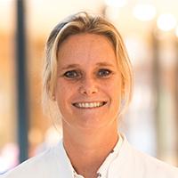 Marjolein den Toom - Dierenarts Specialist